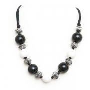 "Necklace ""Black & White"""