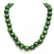 Green necklace and bracelet
