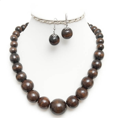 Brown necklace and earrings